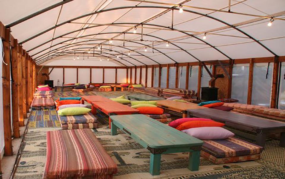 אוהל אירוח מפואר